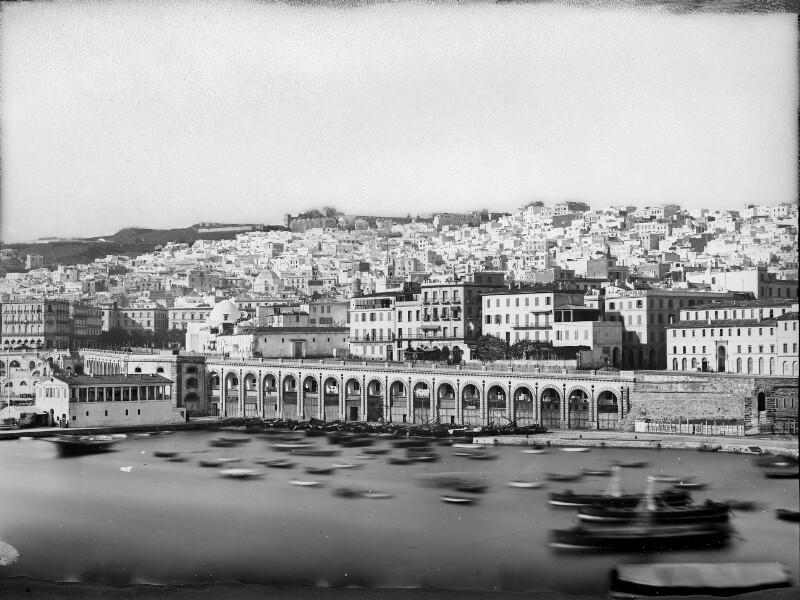 Algier von der Hafenseite