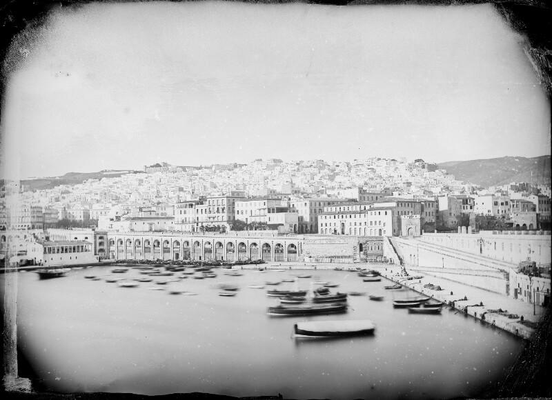 Hafen von Algier