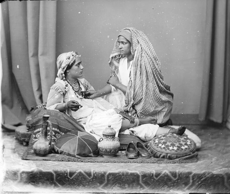 Maurin mit Dienerin, Algier