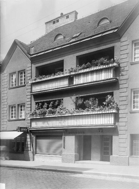 Wien 14, Weinzierlgasse 2