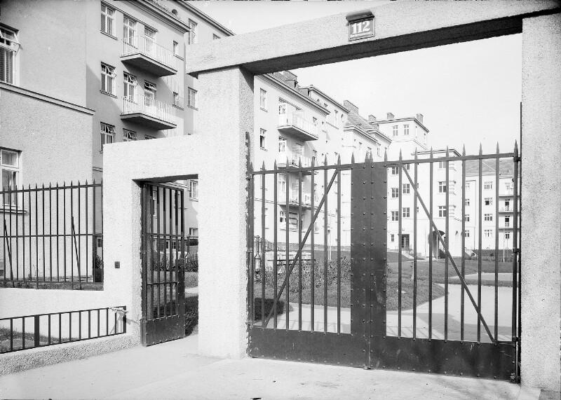 Wien 14, Breitenseerstraße 110-112