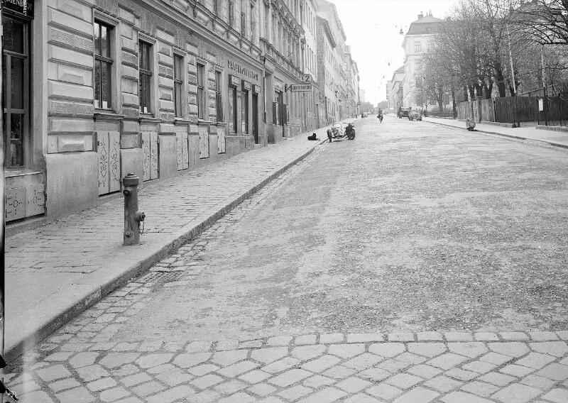 Wien 16, Schuhmeierplatz 1ff