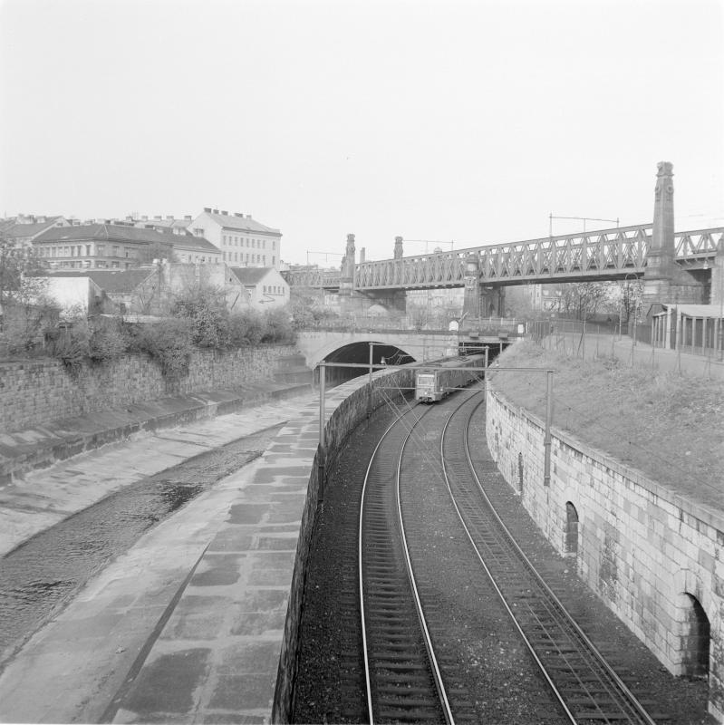 Wien 15, Stadtbahn