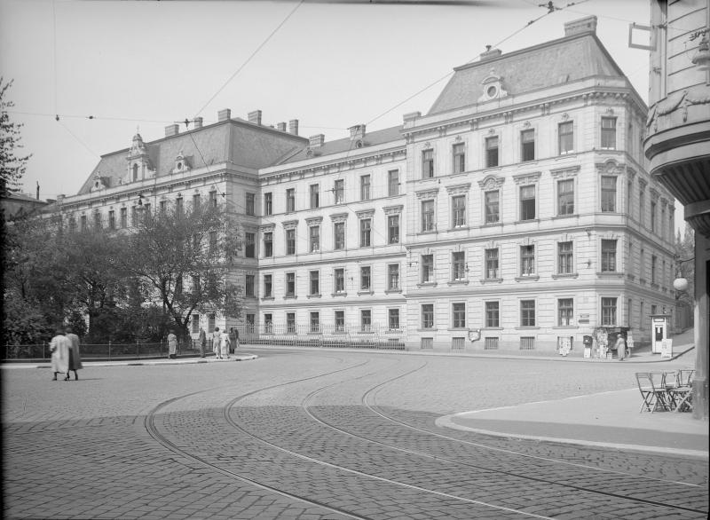 Wien 18, Gentzgasse 100