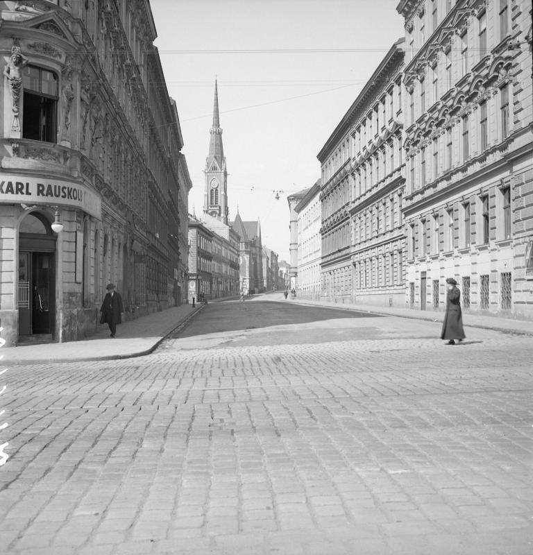 Wien 18, Schumanngasse 1ff
