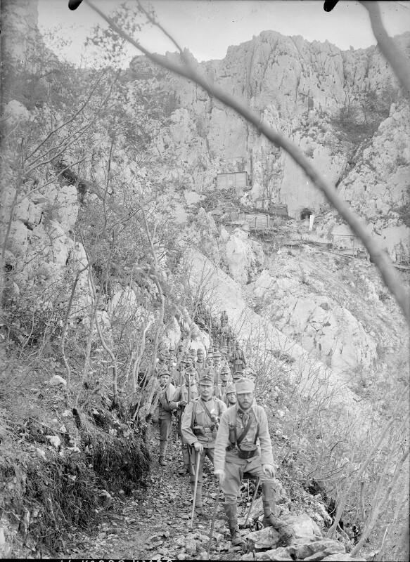 Abstieg vom Monte Sabotino für eine achttägige Ruhepause