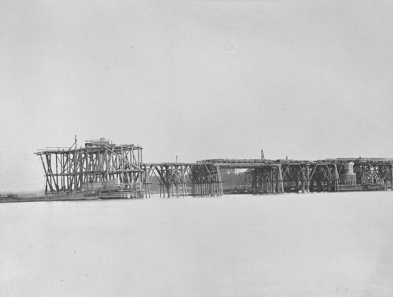 Wien 2, Nordwestbahnbrücke im Bau