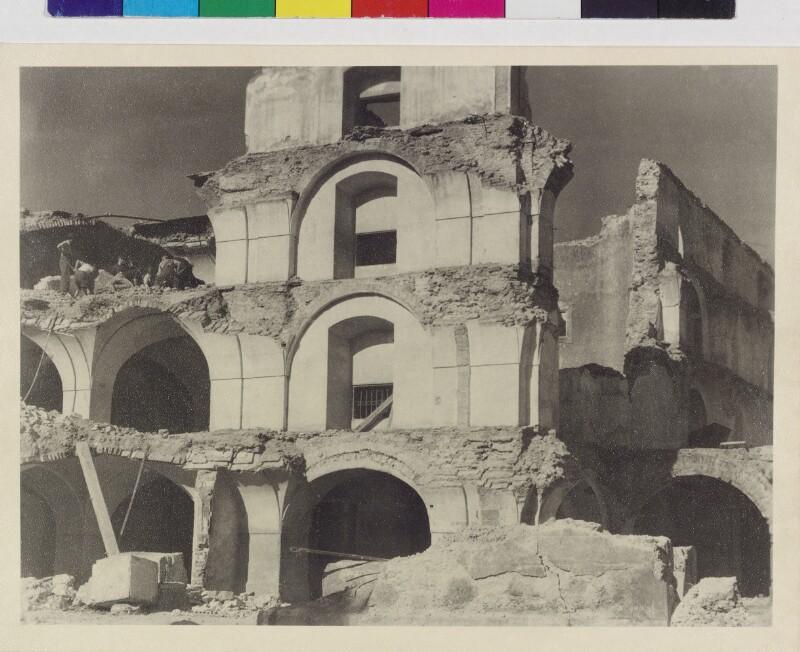 Kriegszerstörtes Schrannengebäude