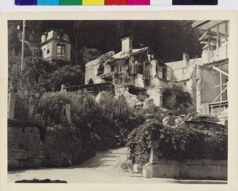 Kriegszerstörte Häuser im Nonntal