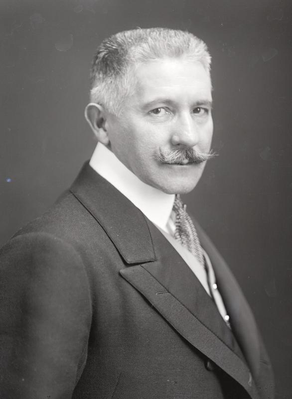 Giesl von Gieslingen, Wladimir Freiherr