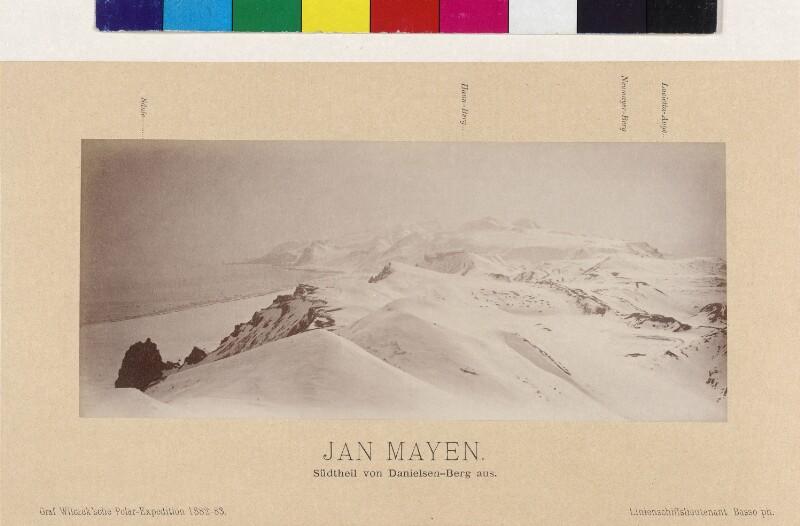 Blick über Südteil vom Danielsen-Berg auf der Insel Jan Mayen