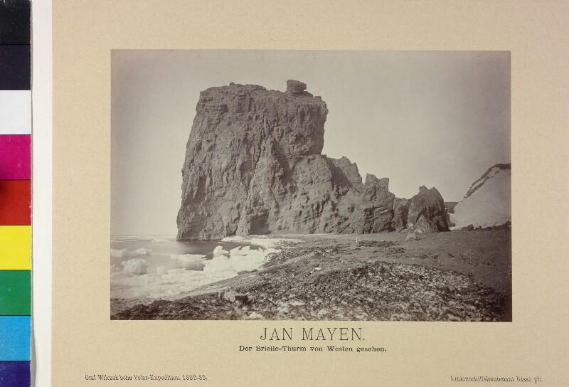 Breille-Turm von Westen auf der Insel Jan Mayen