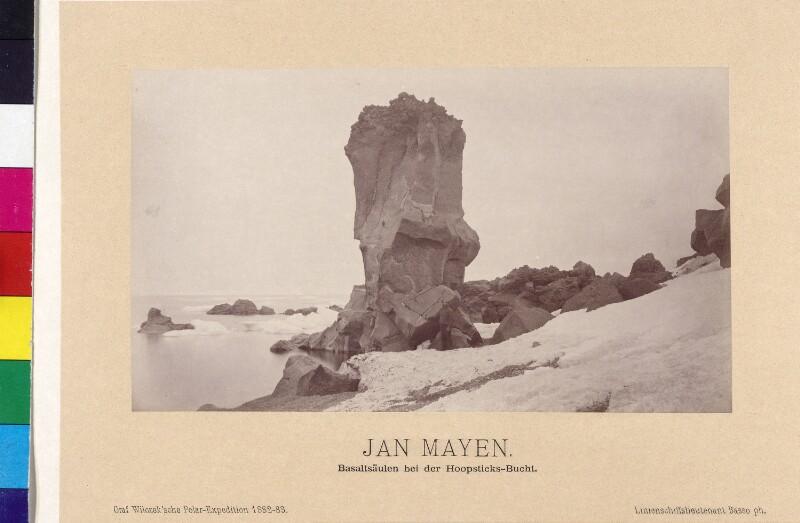 Basaltsäule auf der Insel Jan Mayen