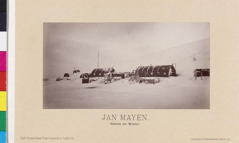 Forschungsstation auf der Insel Jan Mayen im Winter