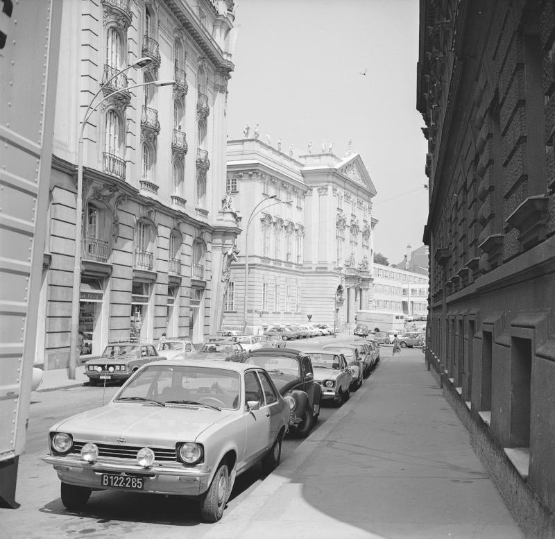 Wien 7, Museumstraße 5ff