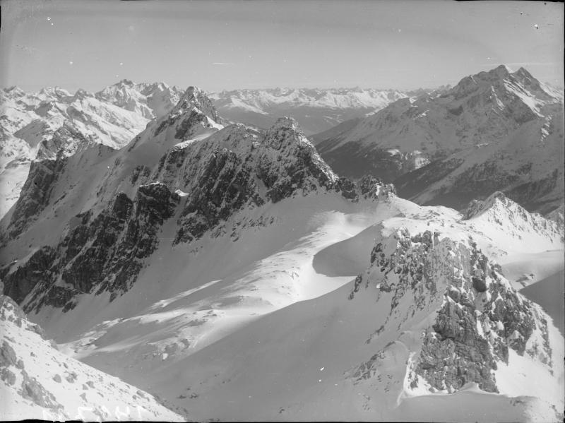Valluga, Lechtaler Alpen