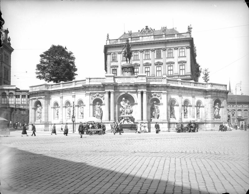 Wien 1, Danubiusbrunnen