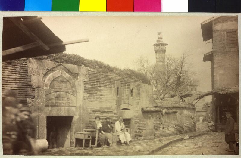 Zugang zur Moschee Büyük Cami in Adana