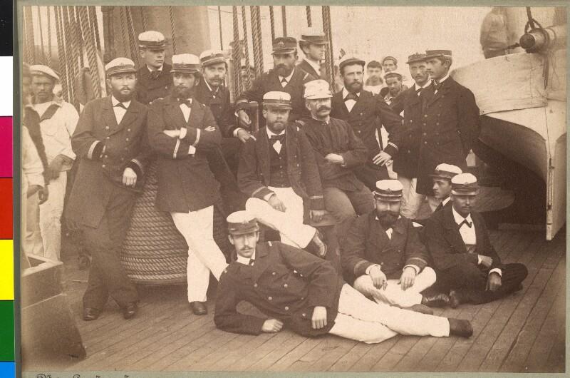 Die Mannschaft des Expeditionsschiffes 'Laudon'