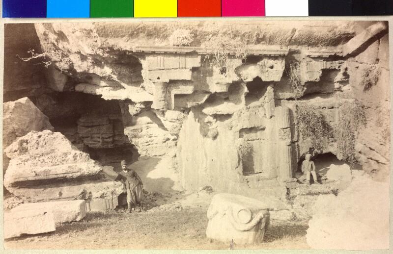 Großes dorische Felsengrab in Lindos