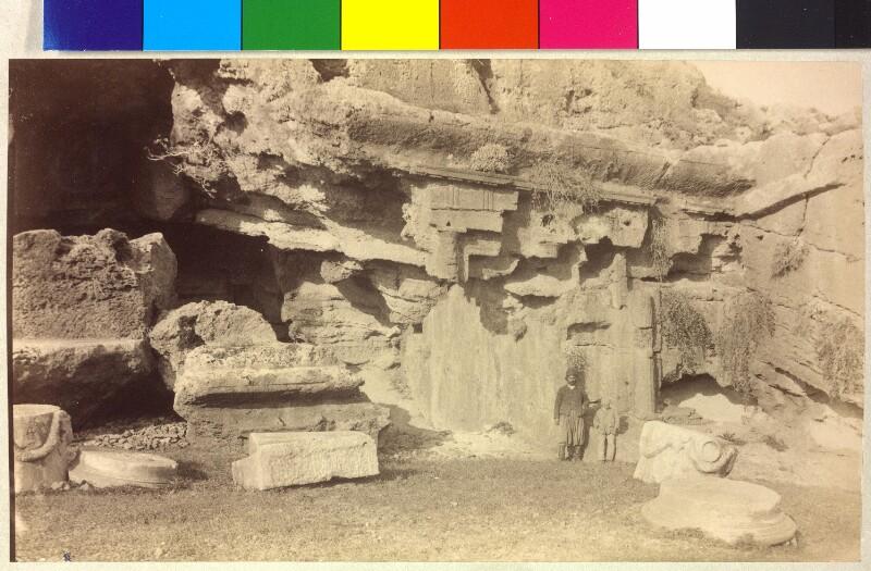 Großes dorisches Felsengrab in Lindos