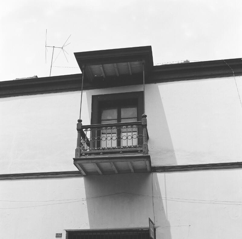 Balkon eines Hauses im alten Kolonialstil