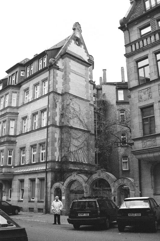 Rückertstraße 12.