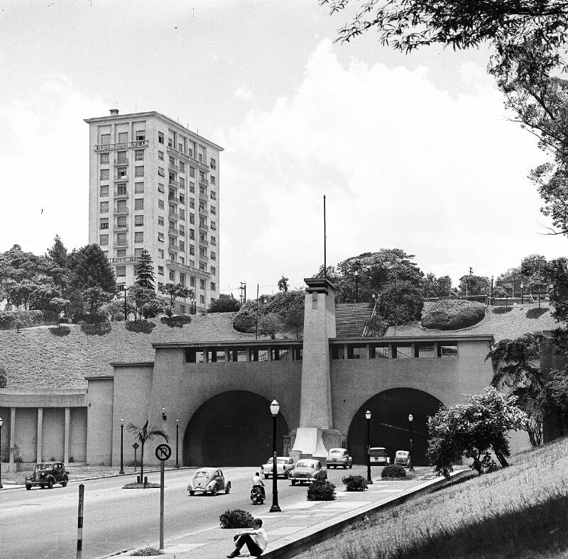 Der Tunnel Nove de Julho