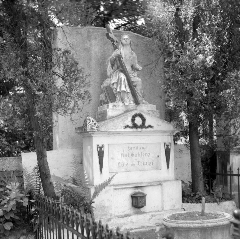 Wien 14, Penzinger Friedhof