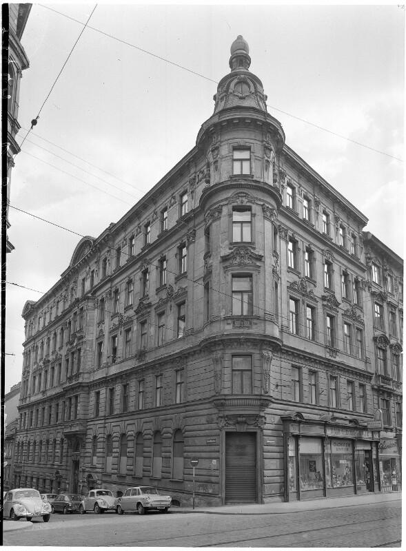 Wien 7, Burggasse 15