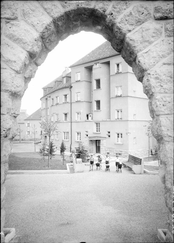 Wien 16, Wohnhausanlage Sandleiten