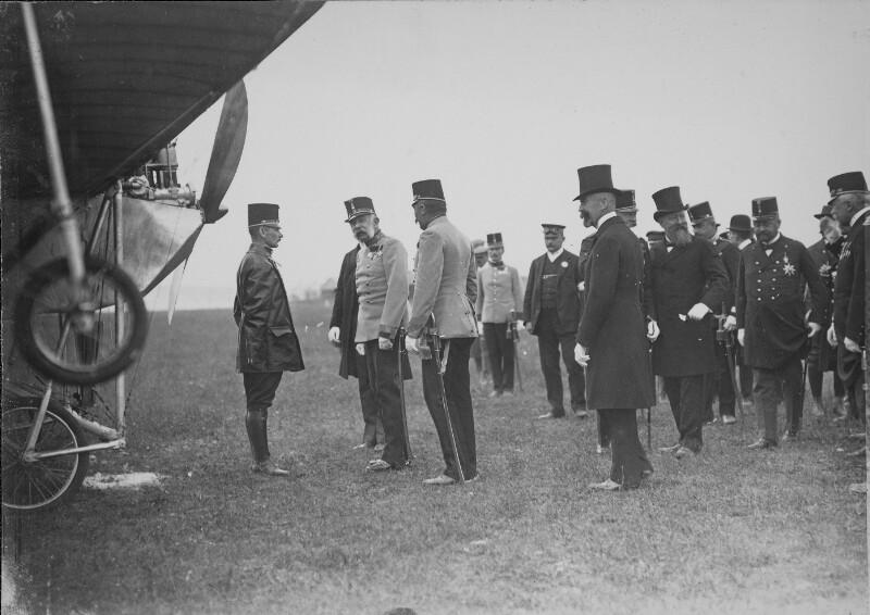 Kaiser Franz Joseph und Igo Etrich