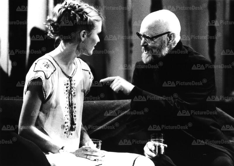 """Jacqueline Als und Ernst Jacobi im Stück """"Die Versuchung"""""""
