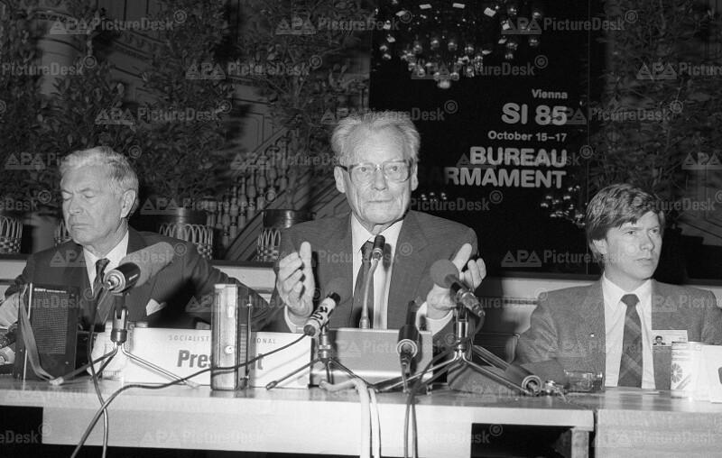 Tagung der Sozialistischen Internationale in Wien: Willy Brandt