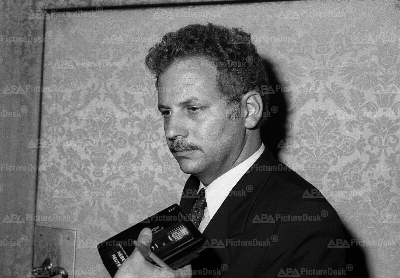 Kenneth Adelman auf Tagung der Sozialistischen Internationalen