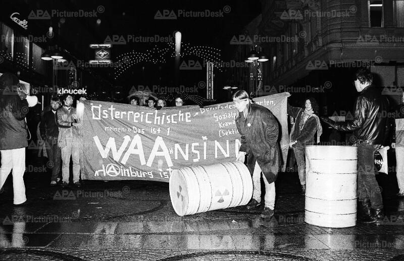 Protest in Wien gegen Atomanlage Wackersdorf