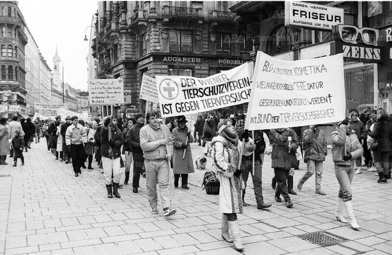 Demonstration von Tierschützern in Wien