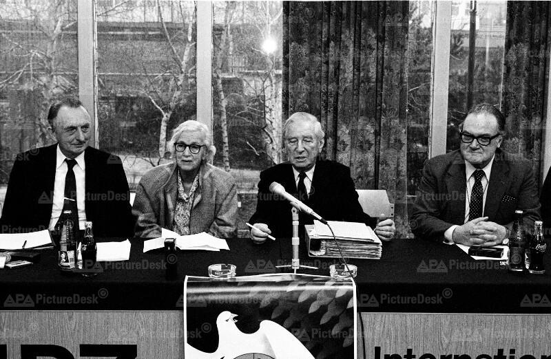 Nobelpreisträger appellieren für Abrüstungswettlauf