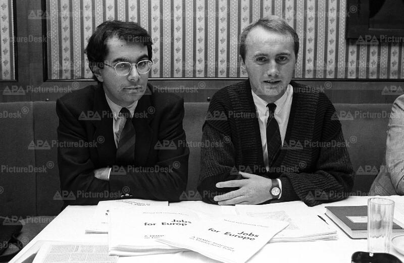 Alexander Demblin und Othmar Karas von der Jungen ÖVP