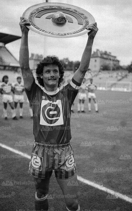 Fußball Bundesliga: Rapid ist Meister 1987- Heribert Weber