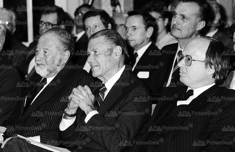 Bruno Kreisky, Robert S. McNamara und Peter Jankowitsch