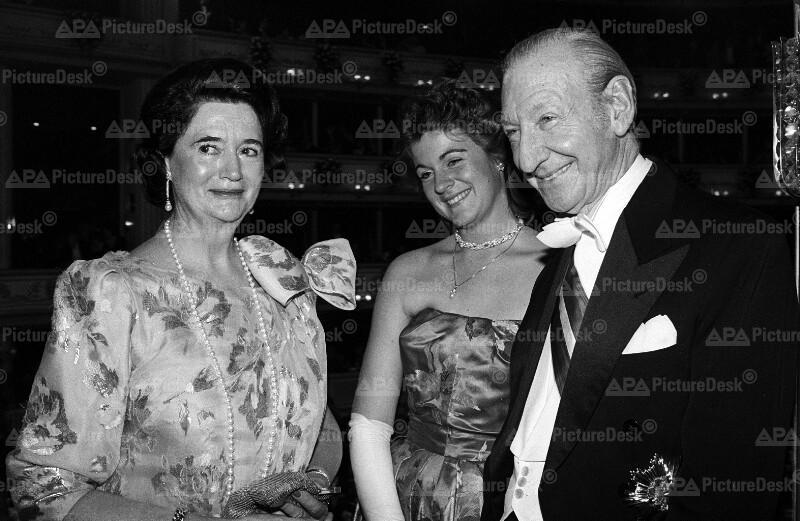 Die Waldheims am Opernball 87