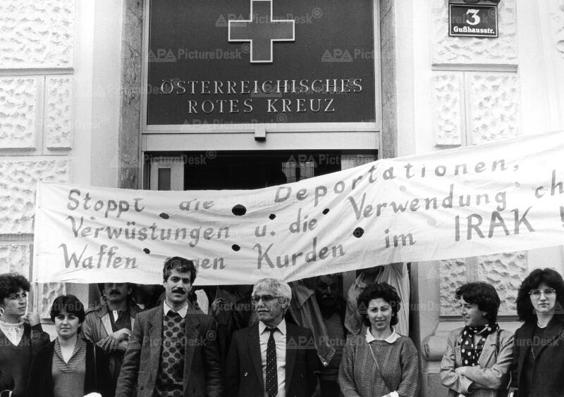 Besetzung der Wiener Rotkreuz-Zentrale