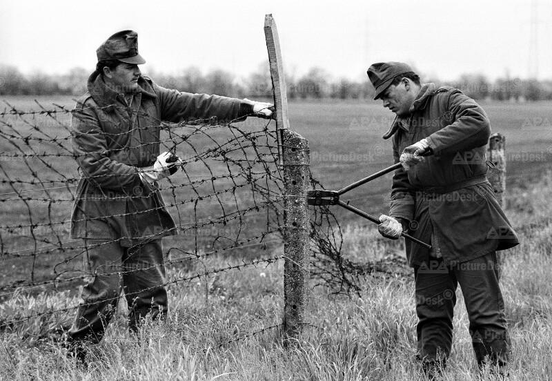 Abbau des Eisernen Vorhangs an der österreich-ungarischen Grenze