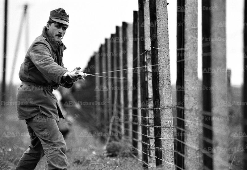 Abbau des Eisernen Vorhangs an der österreichisch-ungarischen Grenze