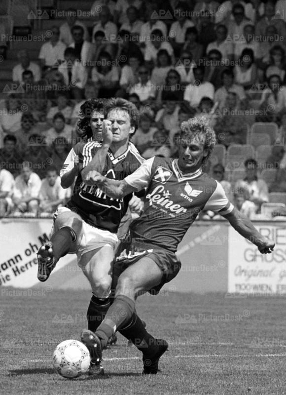 Bundesliga 1988 - Austria vs. Vorwärts Steyr - Andreas Ogris und Kurt Hochedlimger