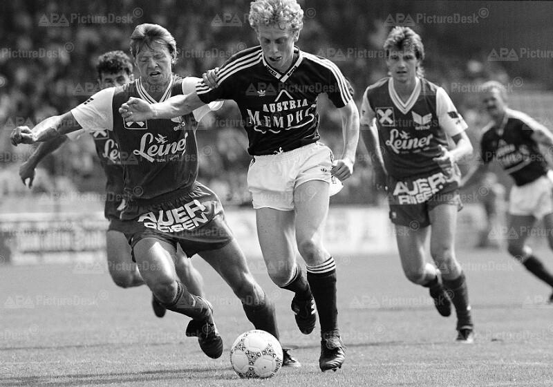 Bundesliga 1988 - Austria vs. Vorwärts Steyr - Peter Stöger und Walter Hauptmann