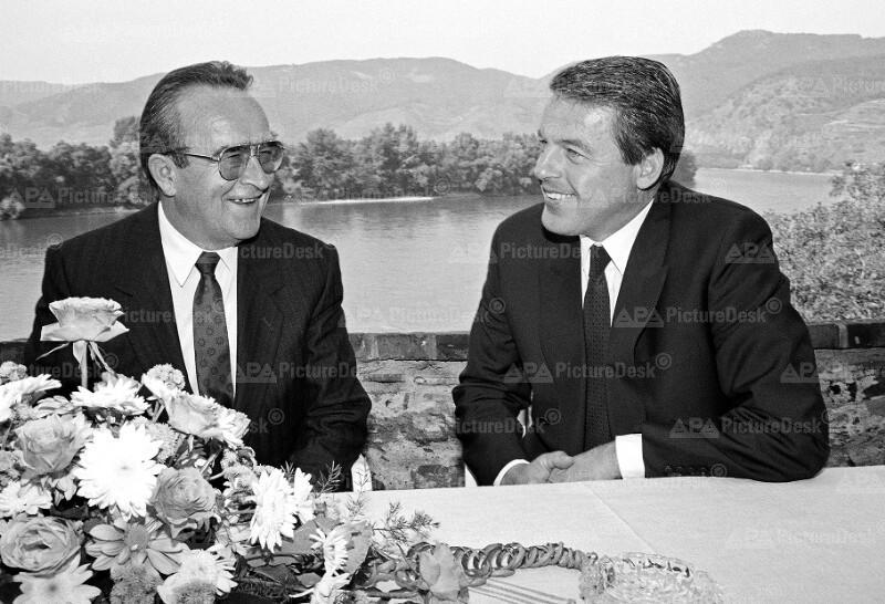Bundeskanzler Franz Vranitzky und Branko Mikulic