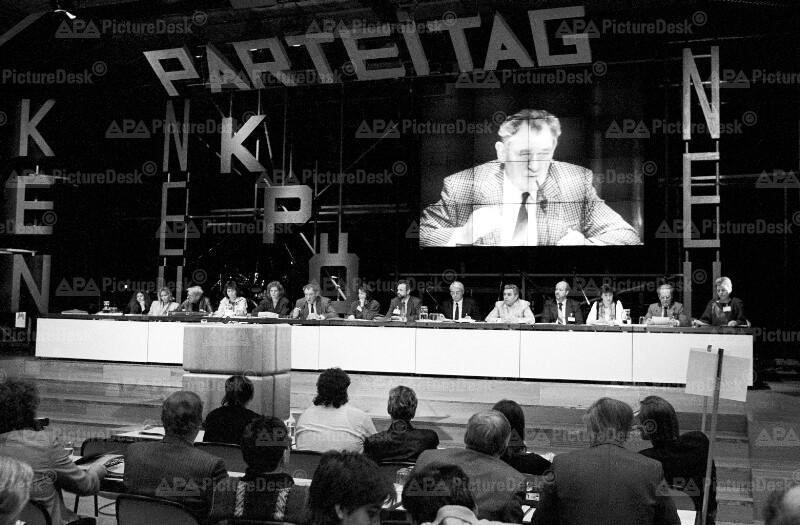 Franz Muhri auf KPÖ-Parteitag 1990