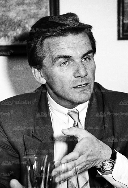 Wolfgang Petrik